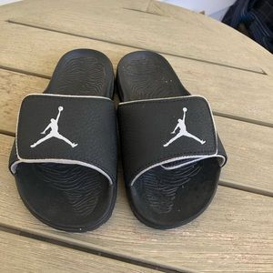 jordan slippers for toddlers